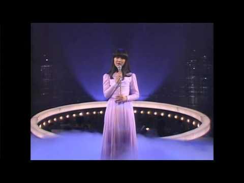 れんげ草の恋 / 岩崎宏美 - YouTube