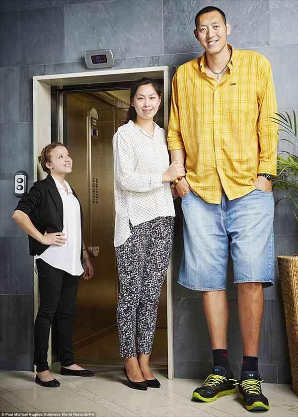 身長180cm以上の人だけを貼っていくだけのトピ