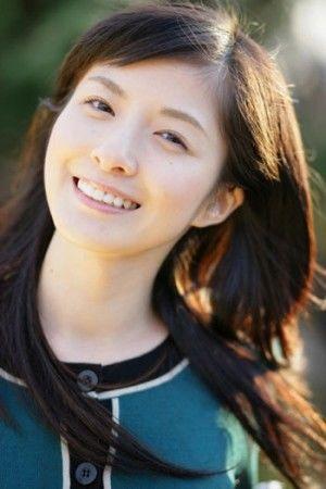 【嫁】サッカー選手の嫁、妻、奥さんが美人&可愛すぎる画像【日本代表】 - NAVER まとめ
