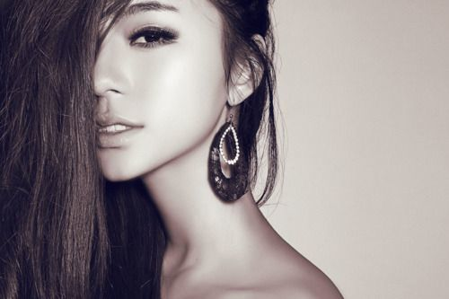 アジア人だからこそ美しいスモーキーアイメイク - NAVER まとめ