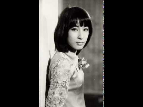 藤圭子 女のためいき 昭和45年10月 渋谷公会堂 - YouTube