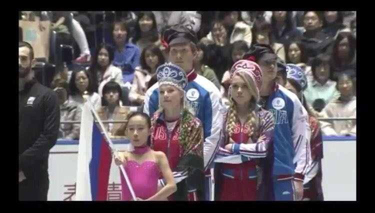 【フィギュア】世界女王メドベージェワ エキシビションでセーラームーンになりきり