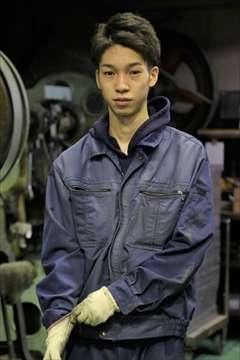 工場男子かっこいい!地域限定・職場限定の写真集「あだち工場男子」誕生