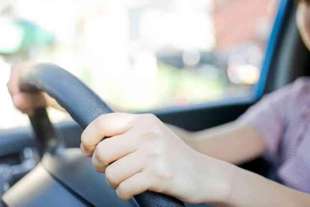 仕事で日常的に運転する人、語りましょう