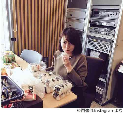 磯山さやか、今も「仕事以外は胸を隠したい」 | Narinari.com