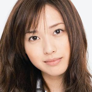 【画像あり】これはひどい! 戸田恵梨香の体がガリガリ過ぎると話題に - NAVER まとめ