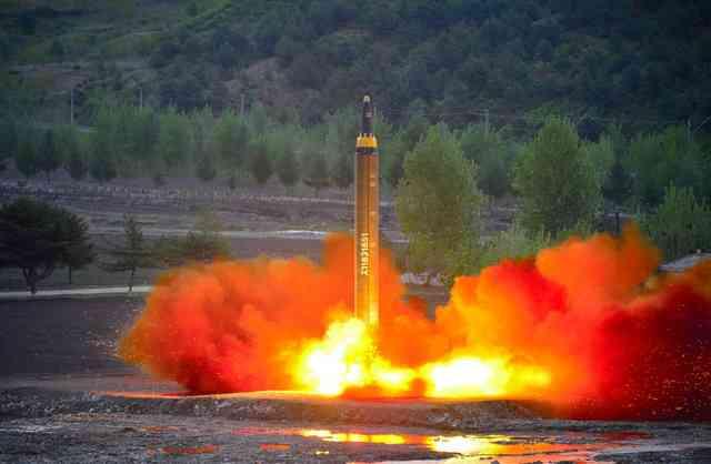 北朝鮮攻撃すれば「信じられない悲劇に」 米国防長官:朝日新聞デジタル