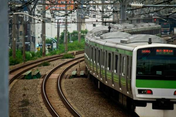 深夜の渋谷駅に人糞が散乱