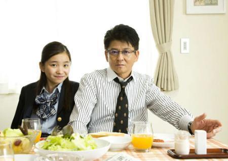 哀川翔の次女福地桃子さん、ドラマで女優初挑戦 父娘で父娘役