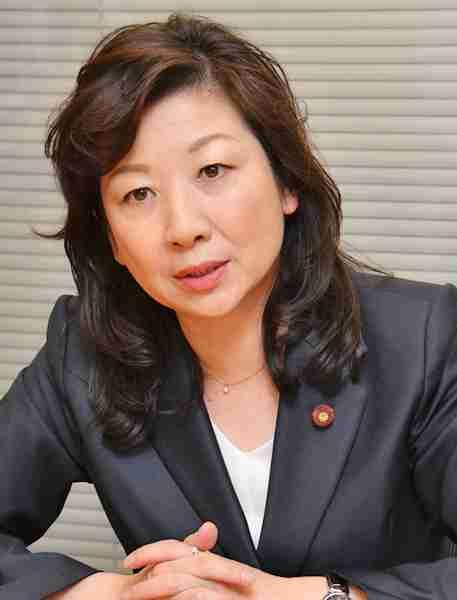 卵子提供推奨の野田聖子、「出産は親のエゴ」の意見を一蹴