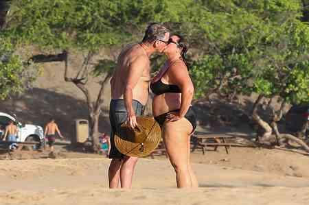 ピアース・ブロスナン夫妻にみる「幸せなカップルは安心して太れる」の法則 [mi-mollet] (講談社 JOSEISHI.NET) - Yahoo!ニュース