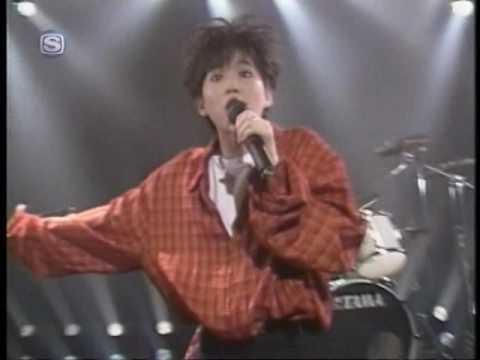 【PV】 LINDBERG 「今すぐキスミー Live ver.」 1990 - YouTube