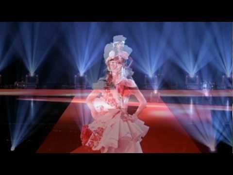 モーニング娘。 『女が目立ってなぜイケナイ』 (MV) - YouTube