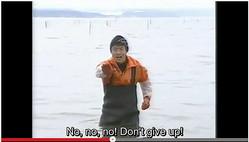 しじみを獲る松岡修造に励まされる海外ネットユーザー続出「ありがとう!」「仕事行ってくる!」