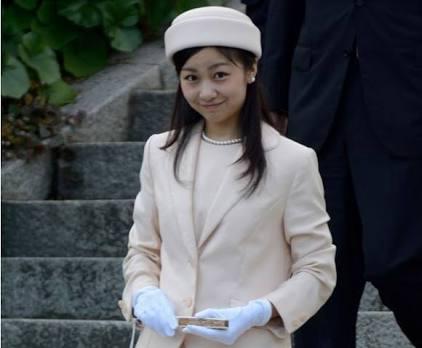 佳子さま、イギリスへの短期留学でナイトクラブやパーティー生活も