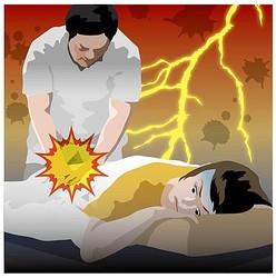 整体で「馬鹿力」…腰骨骨折の女性が怒りの提訴