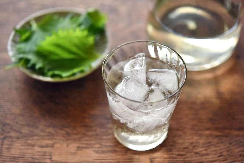 青じそジュースのレシピ/作り方:白ごはん.com