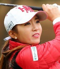 「みんな同じ鼻!」遠野なぎこが韓国人ゴルファーの