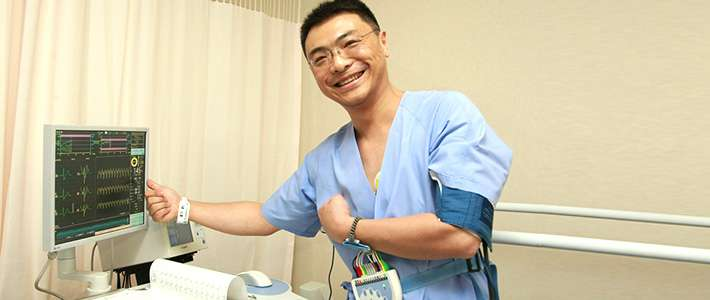 「医療ツーリズム」:着実に外国人受け入れ数増加か? | nippon.com