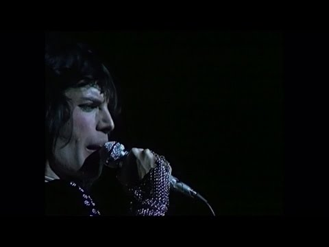 Queen - Stone Cold Crazy (Live at the Rainbow) - YouTube