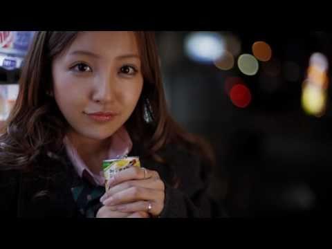 桜の栞「卒業おめでとう」 板野友美 倉持明日香 / AKB48 [公式] - YouTube