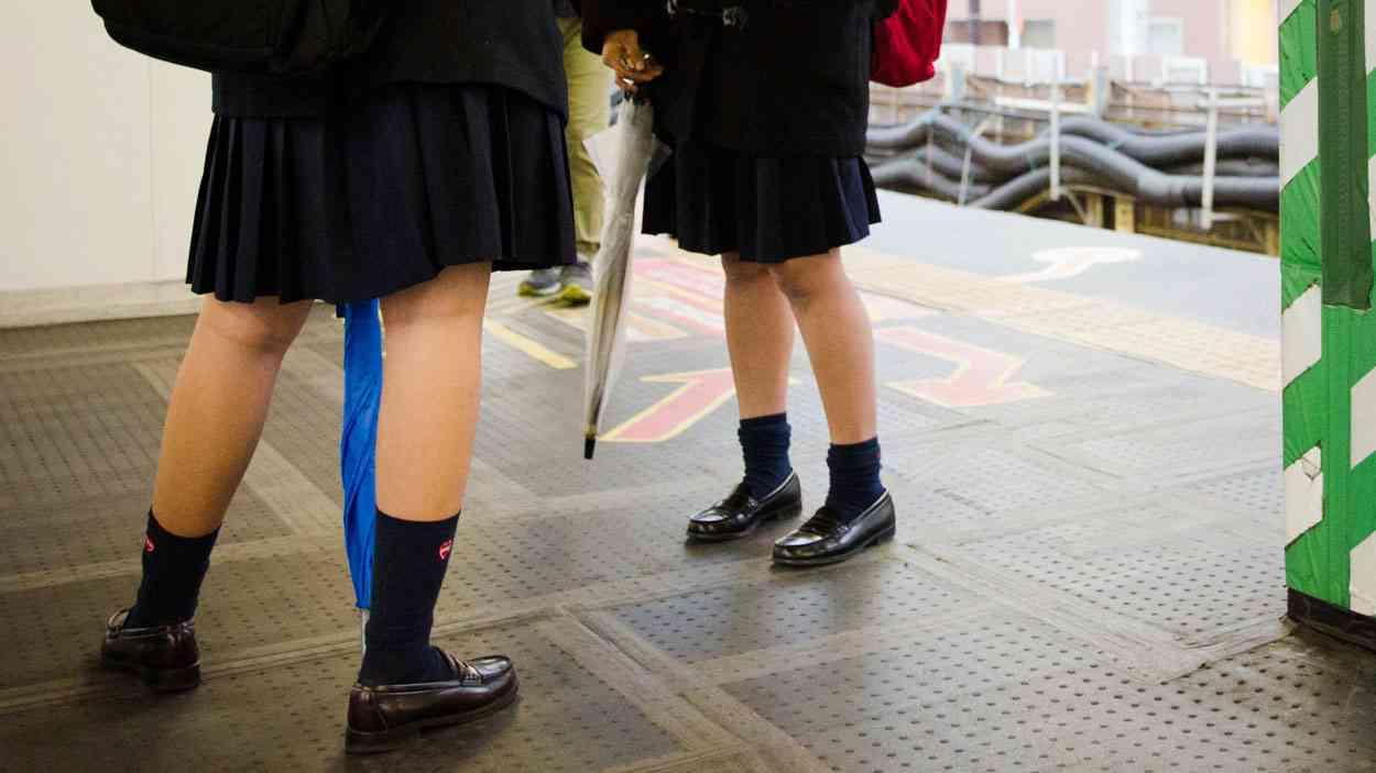 日本の女子高生はほとんどみんな痴漢の被害者だ!|中東メディアが深掘りしたその実態と原因とは? | クーリエ・ジャポン
