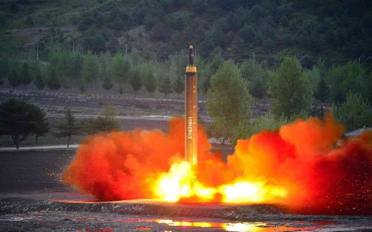 North Korea missile passes re-entry test in breakthrough for nuclear programme