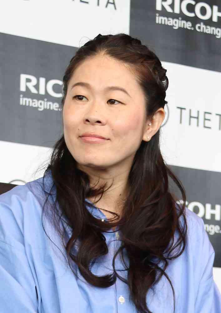 潮田玲子さんの夫・増嶋竜也さん、澤穂希さんの貴重なママショットをインスタグラムに投稿