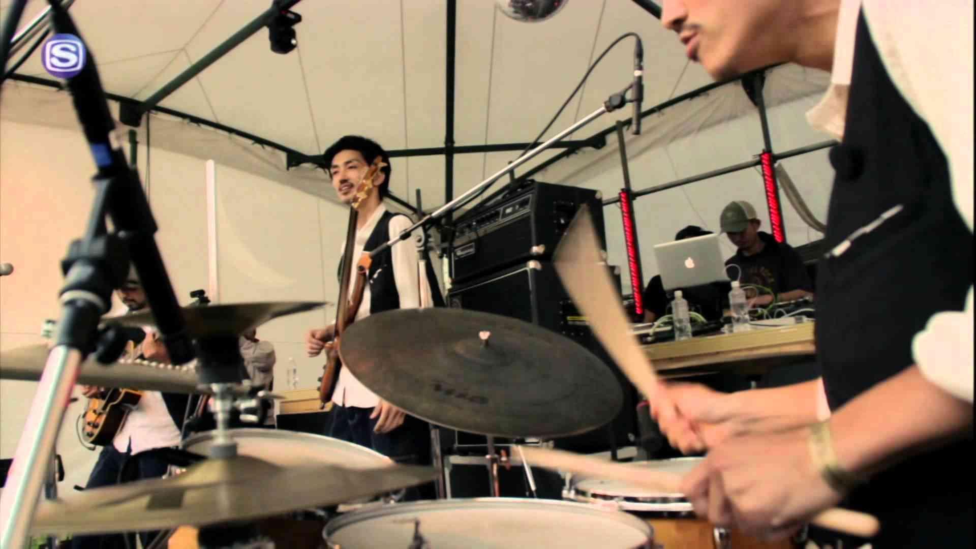 jizue - dance @ りんご音楽祭2014 - YouTube