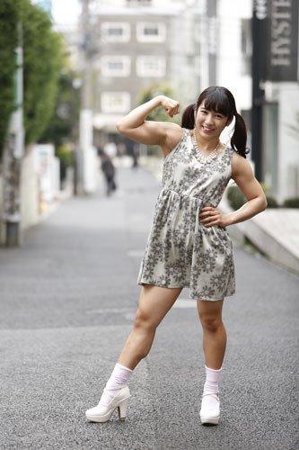 筋肉質の人のファッション