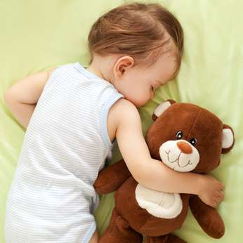 赤ちゃんが頻繁に起きるわけ | 夜泣き知らずの赤ちゃんの育て方