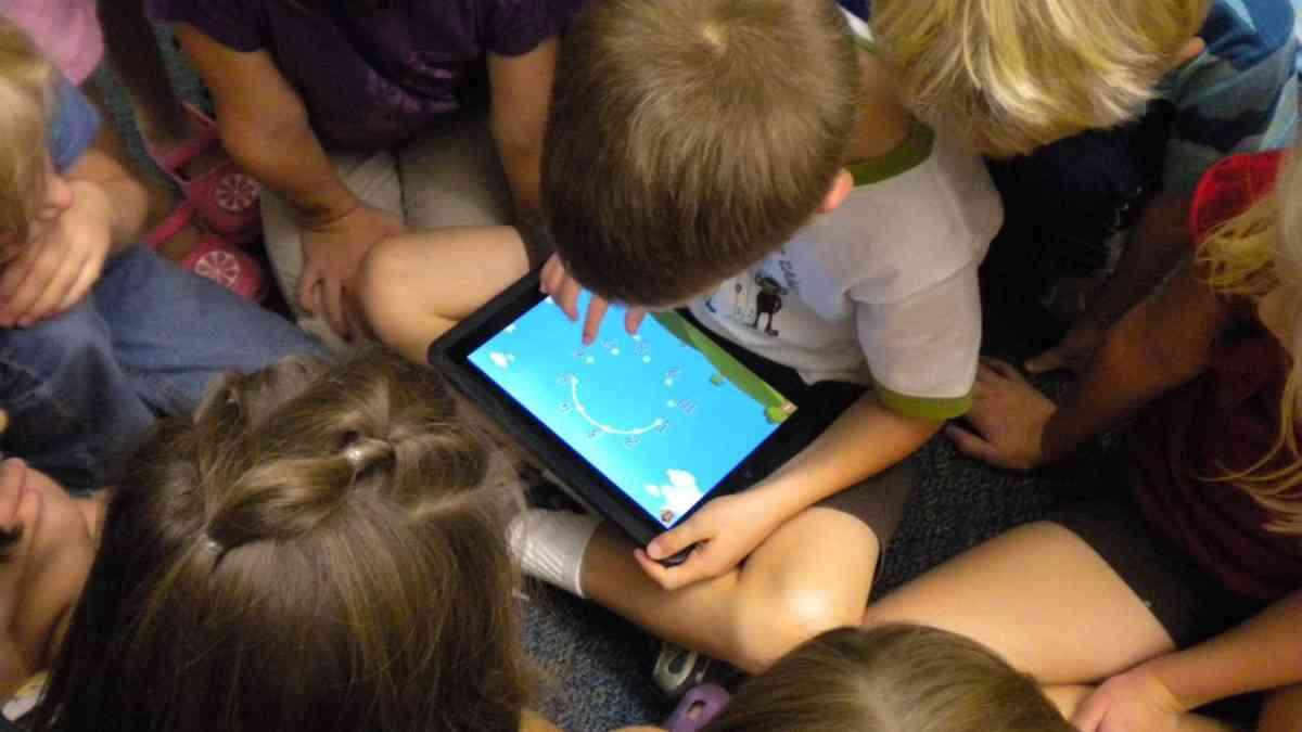 子供が学ぶべきはプログラミングよりもデジタルリテラシーだ | ReadWrite[日本版]