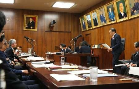 共謀罪:衆院法務委で可決 与党側が採決強行