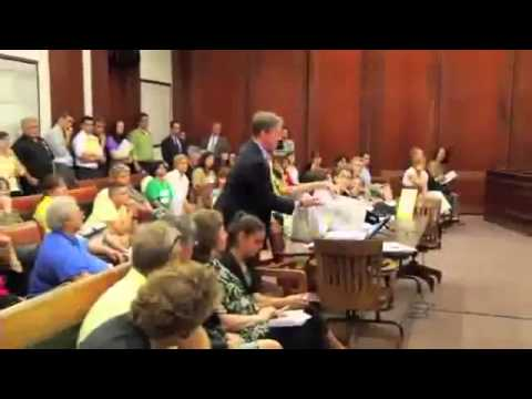 ワクチンについての衝撃的な証言 - YouTube