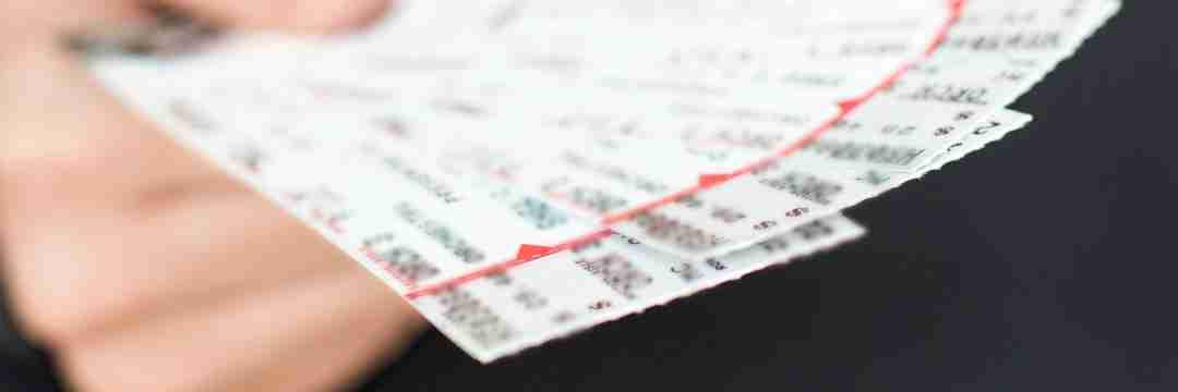 チケット転売ビジネスの裏側〜荒稼ぎする「新たなダフ屋」の手口中国人や韓国人も参入(週刊現代) | 現代ビジネス | 講談社(1/3)