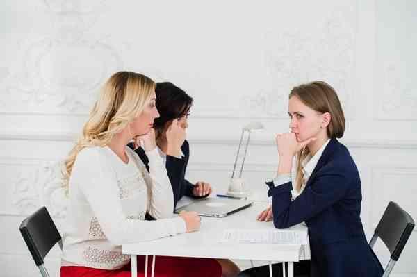 仕事とプライベートは別? 職場の友達の人数「0人」が最多