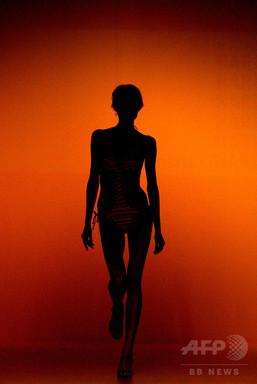 拒食症に苦しんだ元トップモデル、ファッション業界の闇を暴露 写真1枚 国際ニュース:AFPBB News