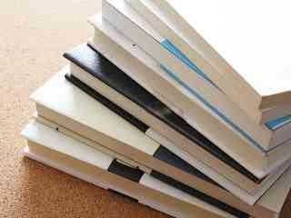 台車使って1日で… 書店から392冊盗んだ疑いで逮捕