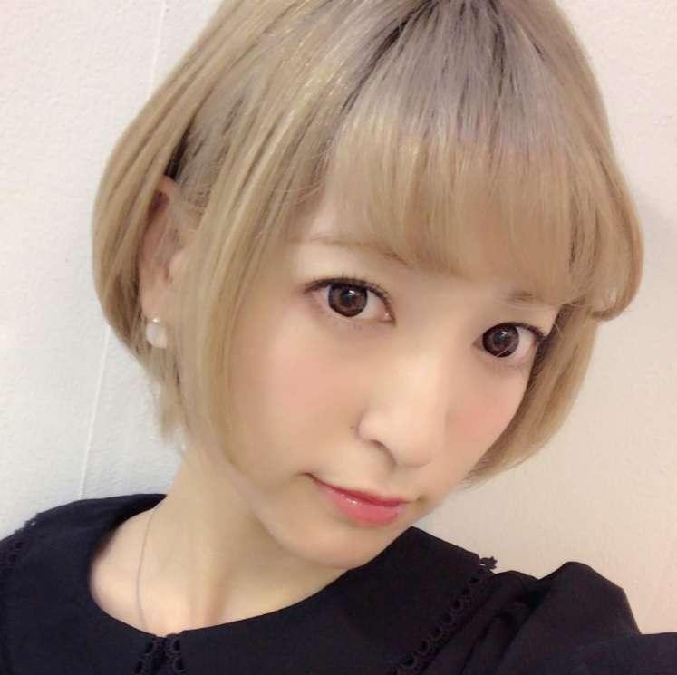 【エンタがビタミン♪】神田沙也加「ミセスの30代は短い髪で」 ショートボブに大胆イメチェン! | Techinsight(テックインサイト)|海外セレブ、国内エンタメのオンリーワンをお届けするニュースサイト