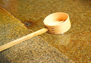 ひしゃく置かず、センサーで水 自動式の手水舎導入-「新しい形」注目・前橋東照宮