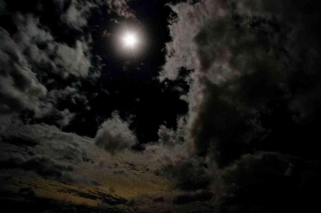 夜空みるのが好きな人