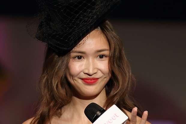 紗栄子 フリマで売り上げた約450万円を「現物支給」で全額寄付 - ライブドアニュース