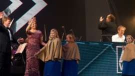 爆音トランスで盛り上がる新オランダ国王即位イベントが絶賛の嵐   UPLOAD