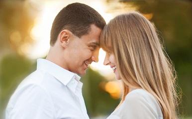 街で見かけるカップルの特徴