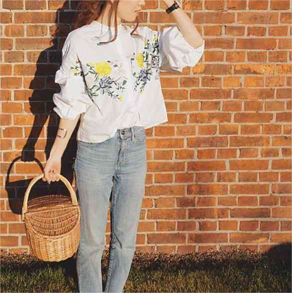 ZARAの花柄刺繍シャツが大人気!目撃情報が多発「1日5人は見る」