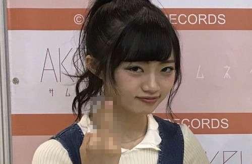 NGT48の中井りかさん、写メ会で中指を立ててしまうwwwww:はちま起稿