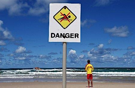 サメ間引き論争再燃=オーストラリア、10年で襲撃倍増 グリーンピースは「海に入る人は自己責任」と反論