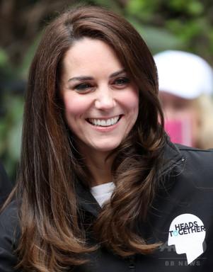 キャサリン妃トップレス写真掲載、英王室が1.8億円の賠償請求 写真4枚 国際ニュース:AFPBB News