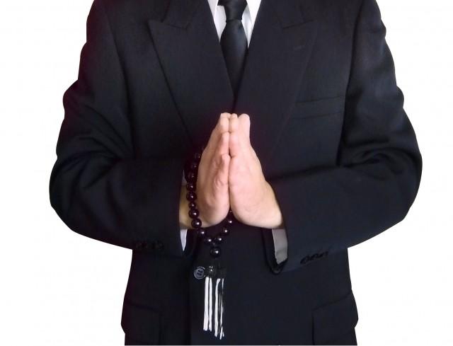 「喪服」客に寿司店長が塩まく 「葬儀後の飲食店」で大議論 : J-CASTニュース