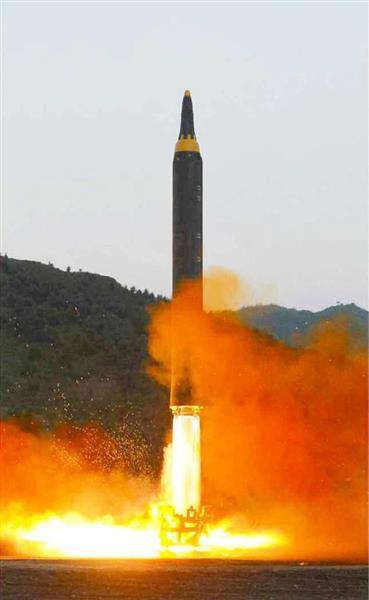 【北ミサイル】北朝鮮「米本土と在日米軍に核兵器照準」と威嚇 朝鮮中央通信が論評 - 産経ニュース